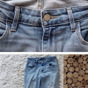 Levi's High Rise Skinny Jean